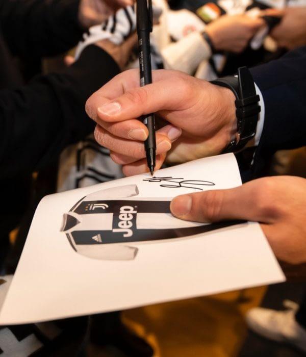 Juventus Signature